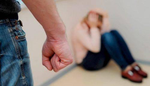 Черкащанам розповіли, яка відповідальність настає за насильство в сім'ї