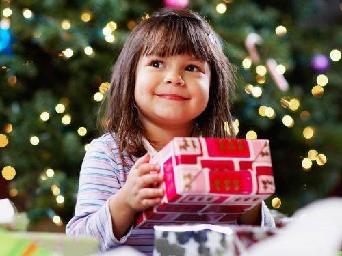 Черкаські волонтери збирають подарунки для дітей з багатодітних і малозабезпечених сімей