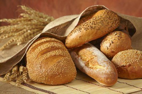 Черкащина потрапила до трійки регіонів, де хліба на середню зарплату можна придбати найменше