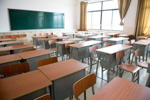 Відсьогодні черкаські школярі йдуть на вимушені канікули