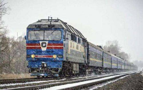 На зимові свята з Черкащини курсуватимуть додаткові потяги