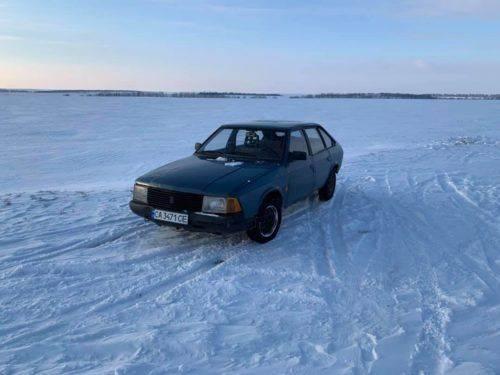 На Черкащині шукають власника покинутої автівки