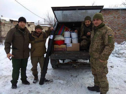Кожна поїздка – це випробування, - черкаські волонтери відвідали бійців на Сході (фото)