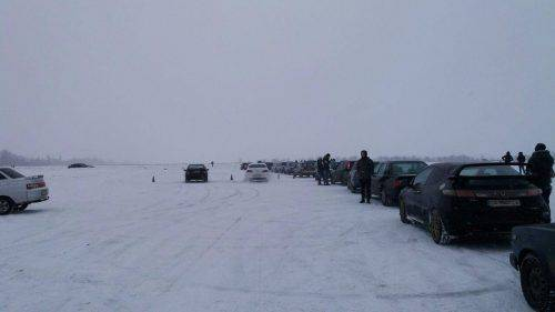 """""""Зимовий спринт"""": у Черкасах водії випробували своїх """"залізних коней"""" (фото)"""