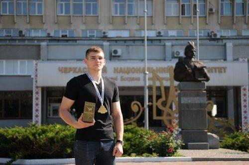 Студент черкаського вишу увійшов до топ-10 кращих кікбоксерів України