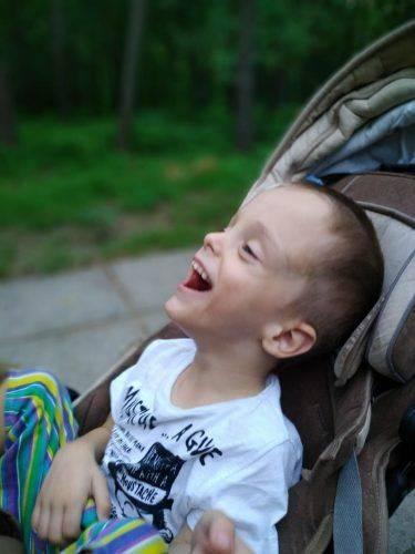 Черкаські музиканти просять врятувати чотирирічного сина