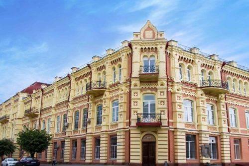 Університет Черкащини увійшов до трійки найкращих вишів України
