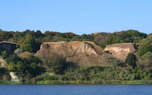 Найвеличніші замки та найглибший каньйон: якими рекордами може похизуватися Черкащина