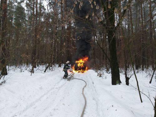 На Черкащині під час руху загорівся автомобіль
