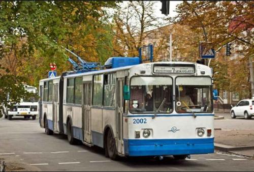 У Черкасах покарали водія тролейбуса, який на великій швидкості їздив містом