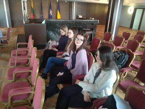 Черкаська школярка вперше виграла Всеукраїнський конкурс красномовців англійською мовою