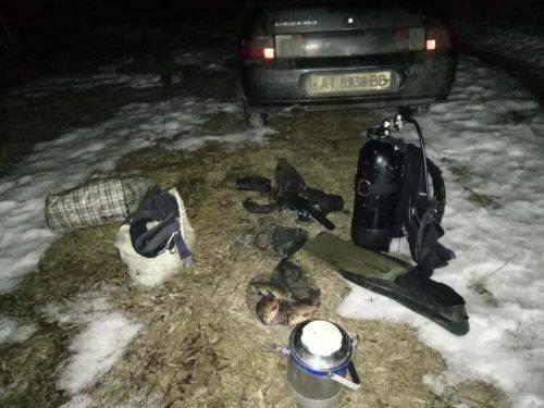 На Черкащині браконьєри виловили понад 200 раків (фото)