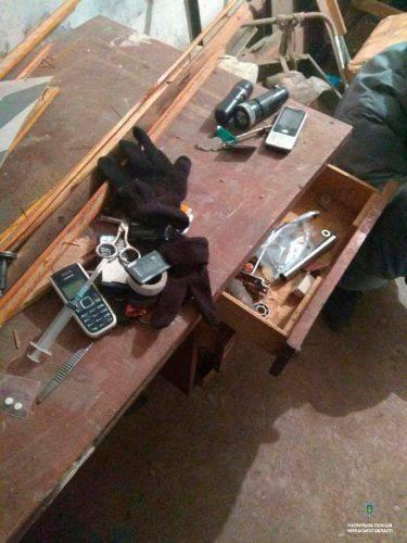 У Черкасах затримали трьох розкрадачів підвалів (фото)