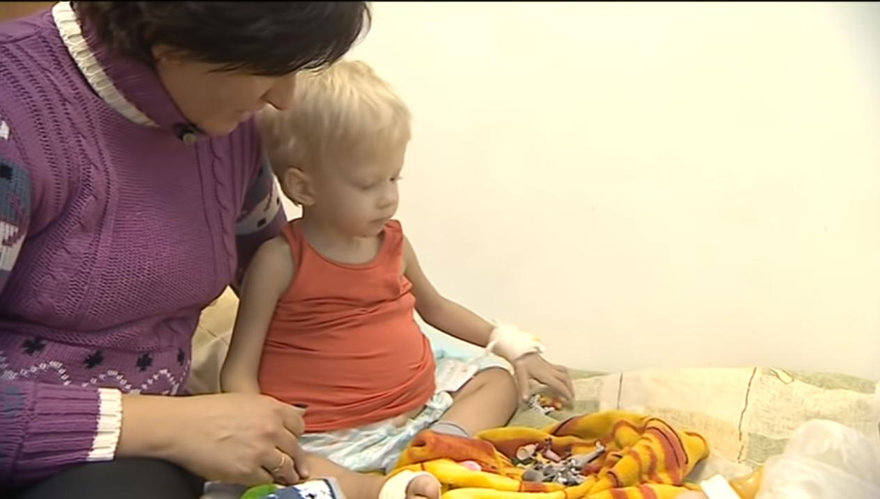 Маленький черкащанин потребує допомоги для операції за кордоном (відео)