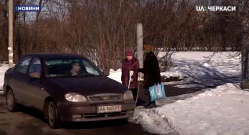 Черкаське село залишилося без перевізника (відео)