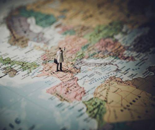 Лайфхаки для мандрівників або як зекономити на відпустці