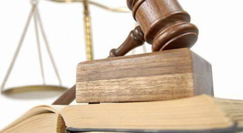 Виконувача обов'язків начальника Христинівського відділу державної реєстрації актів цивільного стану притягнуто до відповідальності за вчинення адміністративного правопорушення, пов'язаного з корупцією.  Установлено, що зазначена особа у 2017 році, набуваючи у власність квартиру вартістю 1 053 000 гривень, не повідомила Національне агентство з питань запобігання корупції про суттєві зміни у своєму майновому стані.  За принципової позиції прокурора Христинівським районним судом жінку визнано винною у вчиненні вказаного адміністративного правопорушення та на останню накладено адміністративне стягнення у вигляді штрафу у розмірі 1700 гривень.  За інформацією прес-служби прокуратури Черкаської області