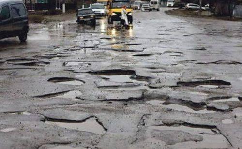 Черкасці просять відремонтувати одну з міських вулиць