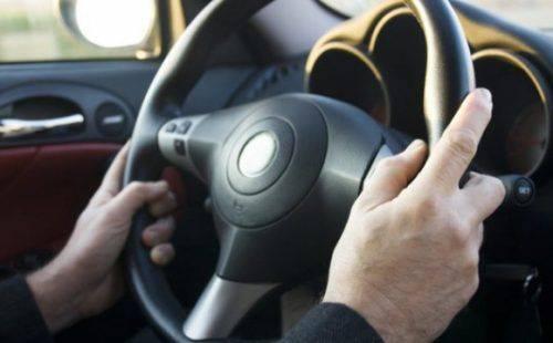 На Черкащині попутник ледь не задушив водія