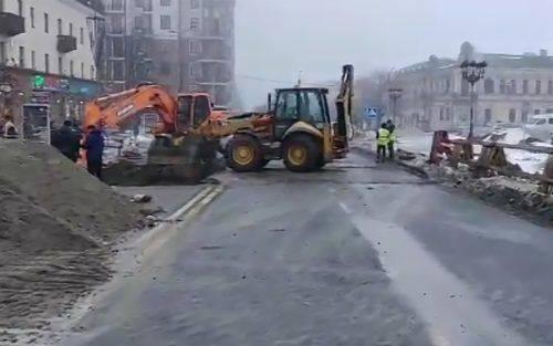 На Черкащині ліквідовують провалля у центрі міста (відео)