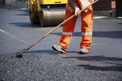 У Черкасах можуть оштрафувати підрядника, який не відремонтував дорогу
