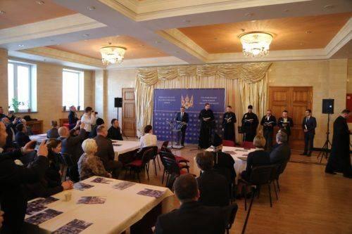 Перед виборами в Черкасах молилися за майбутнє України