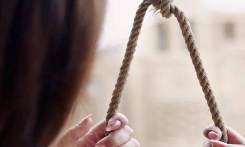 На Черкащині повісилася 18-річна дівчина