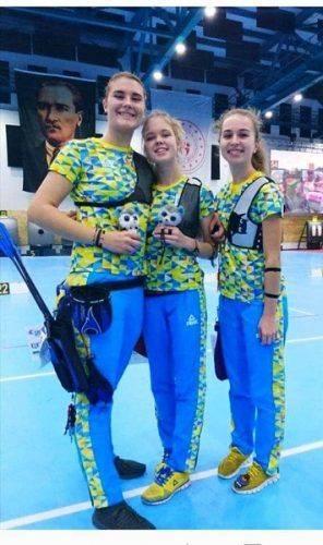 Черкаська студентка отримала срібло на чемпіонаті зі стрільби з луку (фото)