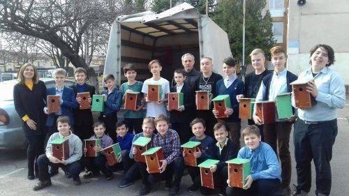 Черкаські школярі створили для птахів домівки (фото)