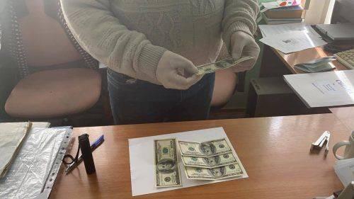 На Черкащині СБУ викрила на хабарах посадовця ПАТ «Укрзалізниця»