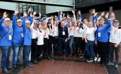 Черкащанка перемогла у всеукраїнському конкурсі та відвідала Францію (фото)