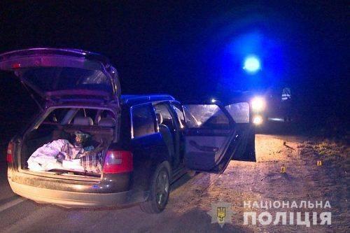 У Черкасах поліція затримала озброєних зловмисників, яких розшукували за напад на патрульних (фото)