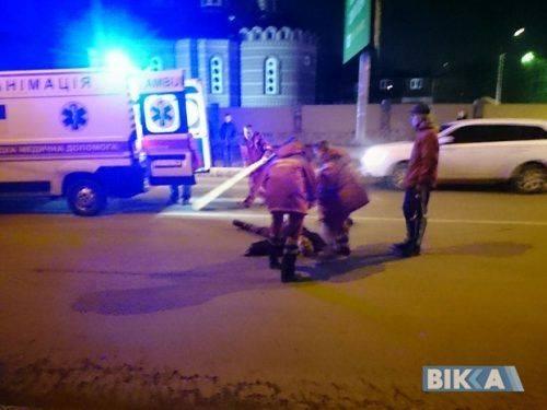 У Черкасах таксист збив пішохода (фото)