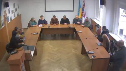 """""""Відкликані"""" черкаські депутати знову можуть ухвалювати рішення"""