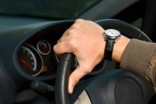 Хотіли покататися: На Черкащині чоловіки викрали автомобіль