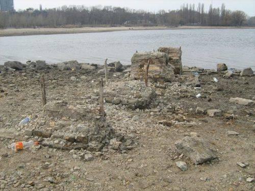 Римські монети та кістки мамонтів: що сховано на дні Дніпра біля Черкас (фото)