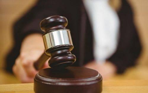 На Черкащині чоловікові за вбивство знайомого загрожує до 15 років ув'язнення