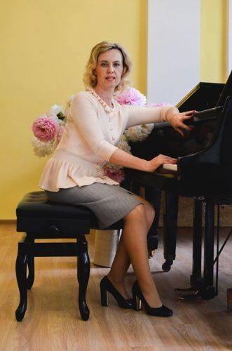 Піаністки з Черкас перемогли в Міжнародних та Всеукраїнських конкурсах (фото)