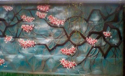 Паркан одного із заводів Черкащини розмалювали сакурами (фото)