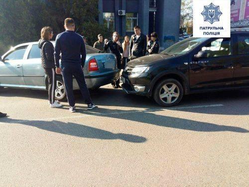 У Черкасах на вербну неділю сталося понад 10 автопригод (фото