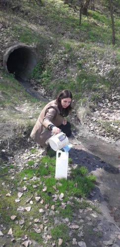 На Черкащині невідомі скидали неочищені стічні води до Дніпра (фото, відео)