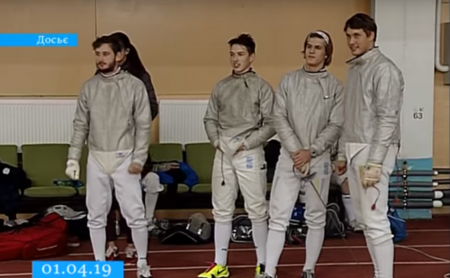Черкаські спортсмени вибороли одинадцять медалей чемпіонату України з фехтування (відео)