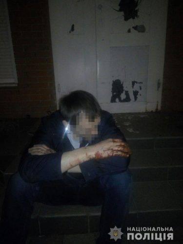 Хотів покурити: У Черкасах чоловік не зміг обікрасти магазин через сигналізацію
