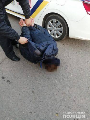 """Черкащанин після """"святкування"""" виборів ударив продавчиню"""