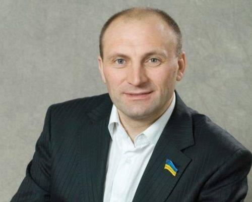 Мер Черкас позиватиметься до суду через звинувачення посадовця АП щодо його причетності до провокаційних бордів