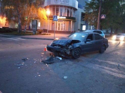 На перехресті у Черкасах не розминулися два автомобілі (фото)