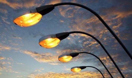 У Черкасах на 35 вулицях установлять додаткове освітлення