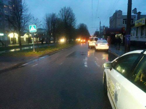 У Черкасах збили пішохода на перехресті (фото)