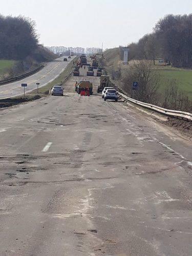 На Черкащині ремонтують дорогу міжнародного значення