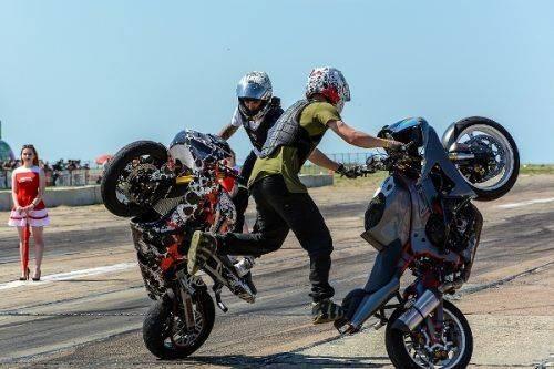 Яскраві заїзди та море адреналіну: в Умані відбувся Чемпіонат України з мото дрег-рейсингу (фото)